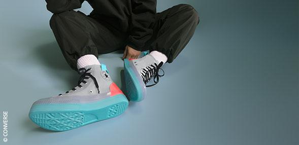 高帮篮球鞋